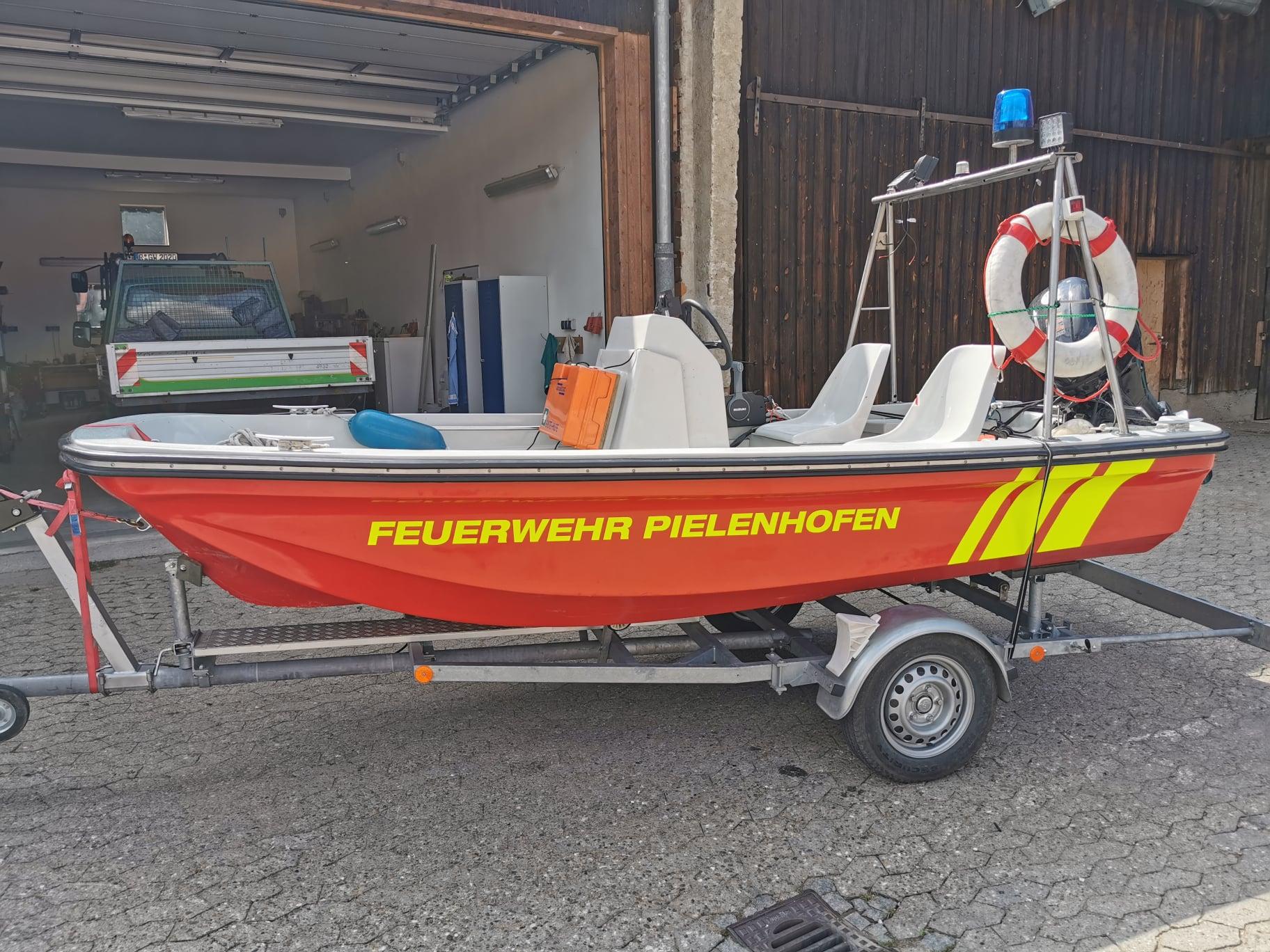 Segnung unseres neuen Rettungsbootes und Kinderkirta